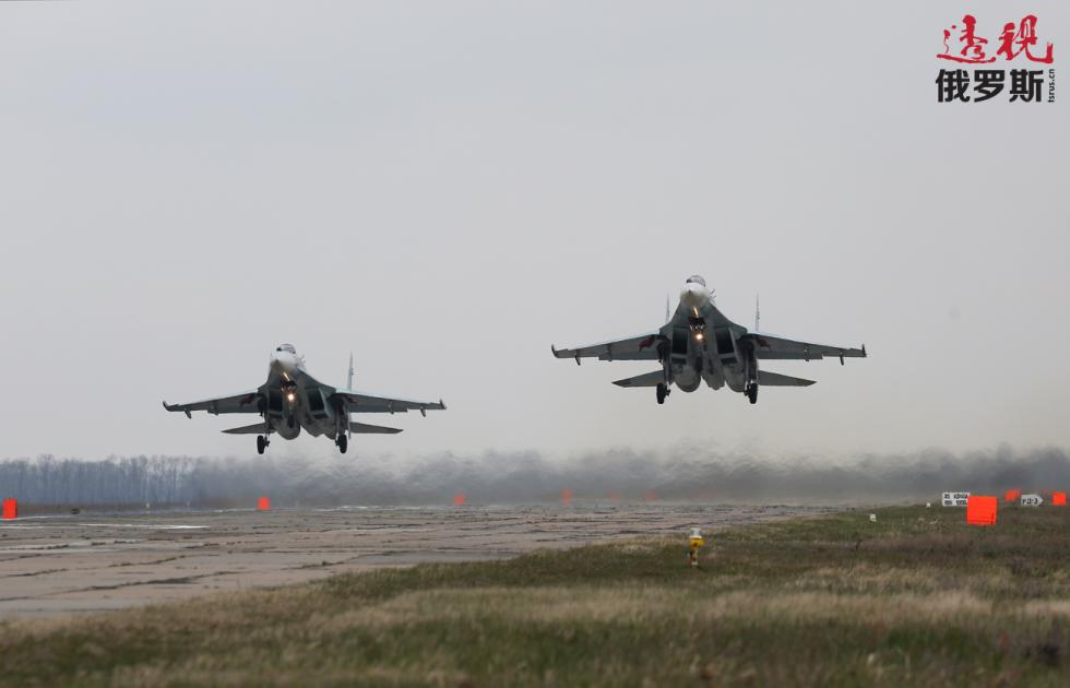 苏-27MK战斗机。图片来源:Vitaly Timkiv / 俄新社