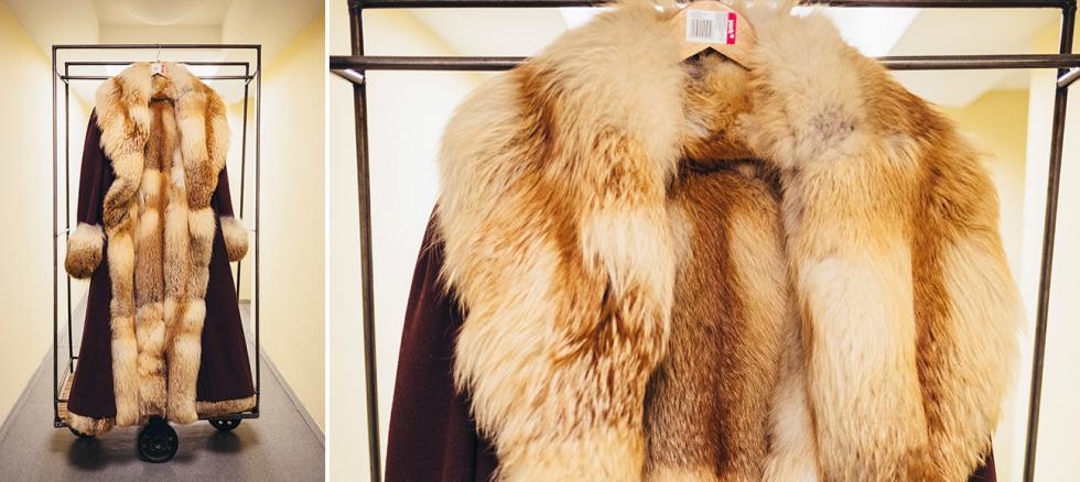 亚历山大·格里鲍耶陀夫的《聪明误》中法穆索夫(Famusov)的服装(法穆索夫由尤里·索洛明演出)。摄影:Mark Boyarsky