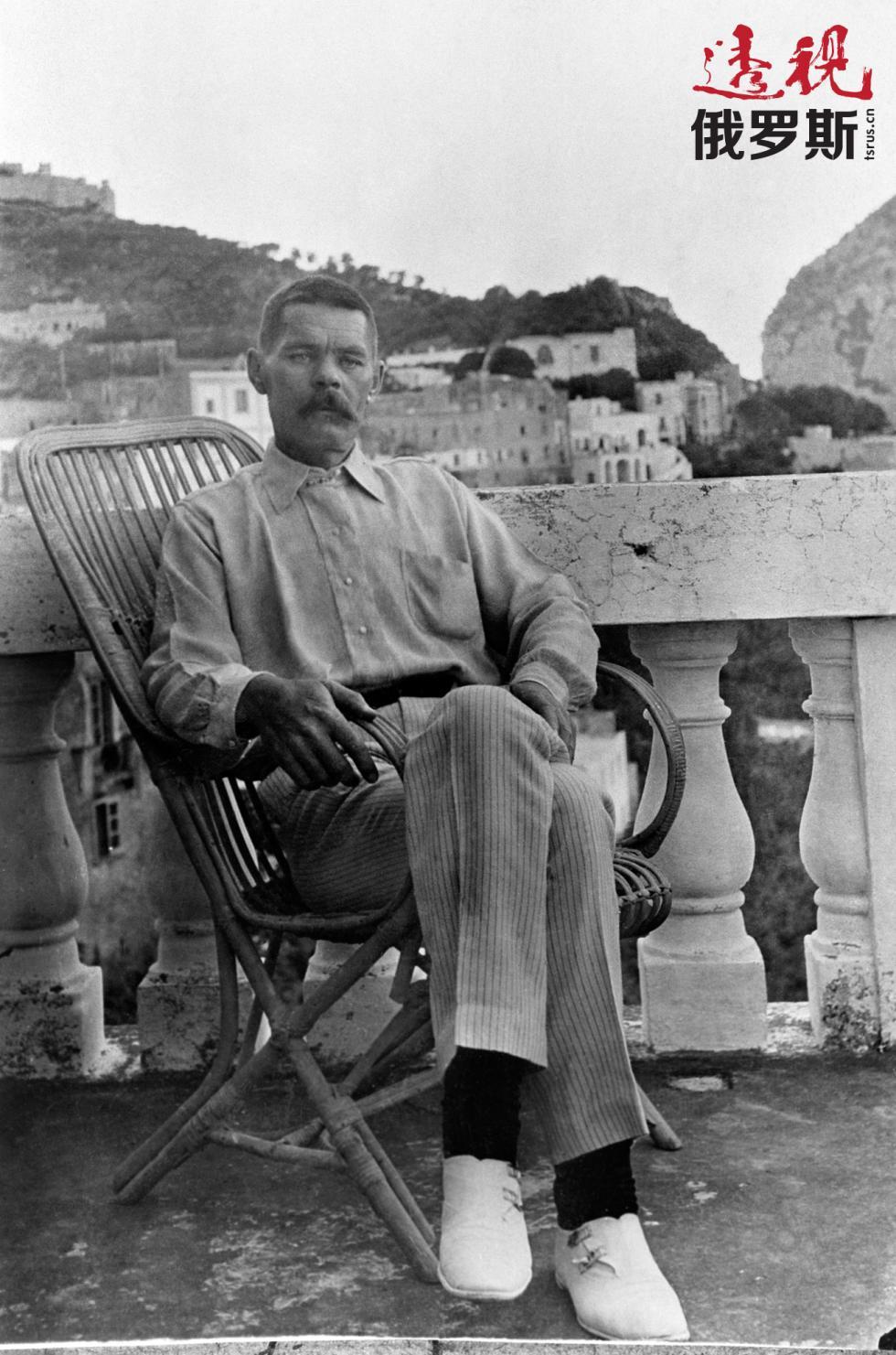 1910年,马克西姆·高尔基在卡普里岛。图片来源:塔斯社