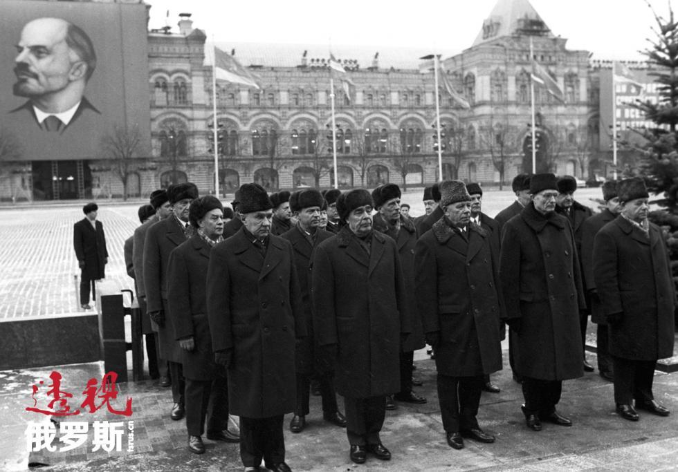 20世纪70年代,苏联主席勃列日涅夫戴着貂皮帽Fred Grinberg/俄新社