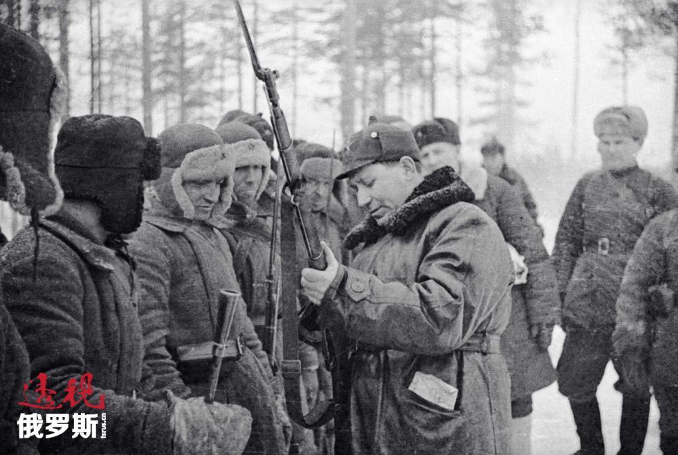 1939-1940年苏芬战争时代的护耳冬帽 David Trahtenberg/俄新社