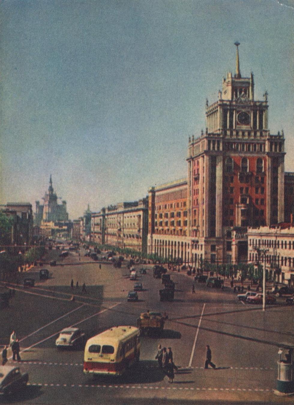 北京饭店,莫斯科马雅可夫斯基广场,1954年。