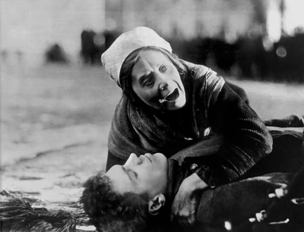 《母亲》电影的镜头。图片来源:Vsevolod Pudovkin/Mezhrabpom-Rus,1926