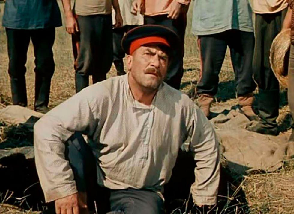 《被开垦的处女地》电影中的镜头。图片来源:Alexander Ivanov/Lenfilm, 1960