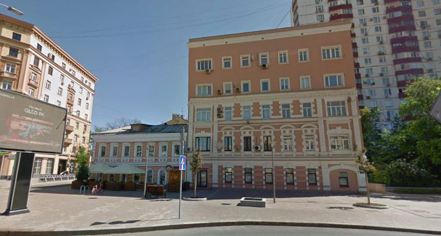 斯摩棱斯克林荫路10号。图片来源:Google
