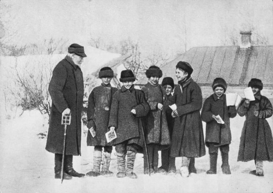 1908年,亚斯纳亚波良纳庄园。图片来源:MAMM/Moscow House of Photography