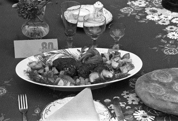奥运菜单。 土库曼斯坦羊肉菜。  Yuri Somov/俄新社