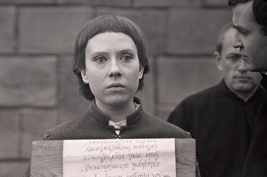 《首演》电影中的镜头。图片来源:Gleb Panfilov/Lenfilm, 1970