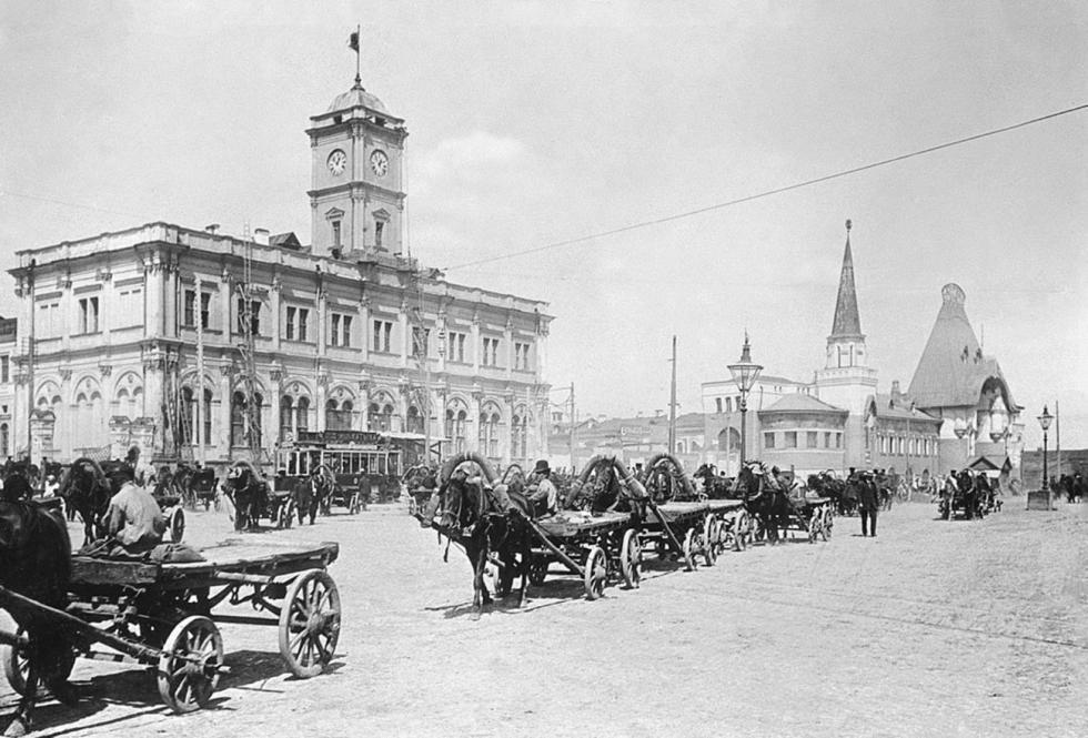 卡兰乔夫斯卡娅广场,1929年。图片来源:Naum Granovsky / 卢米埃尔兄弟摄影中心