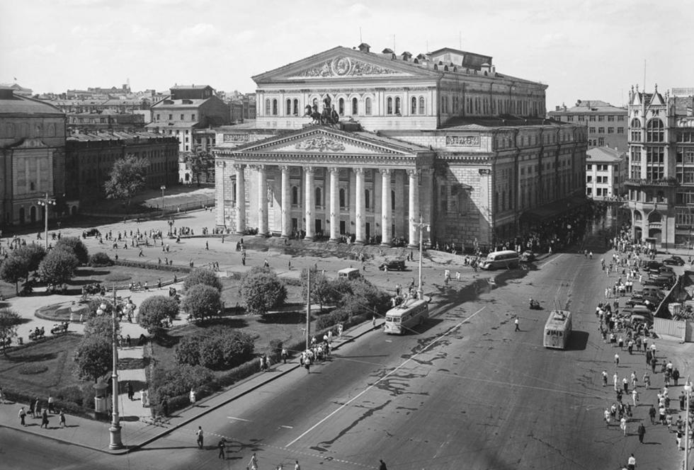 大剧院,二十世纪30年代。图片来源:Naum Granovsky / 卢米埃尔兄弟摄影中心