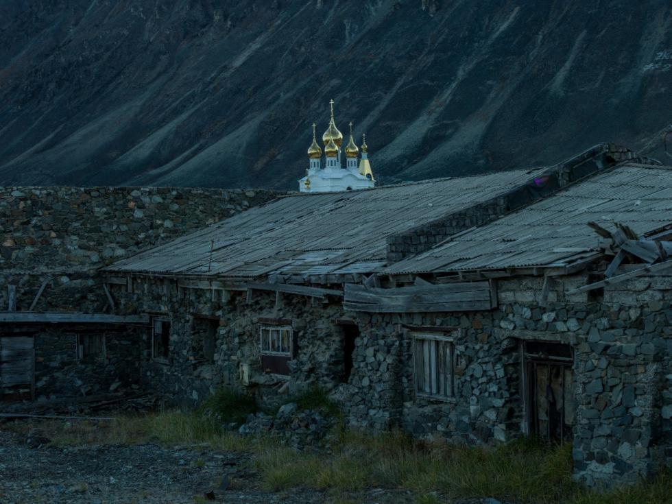 信仰之地。摄影:Oleg Zotov, Ida Ruchina