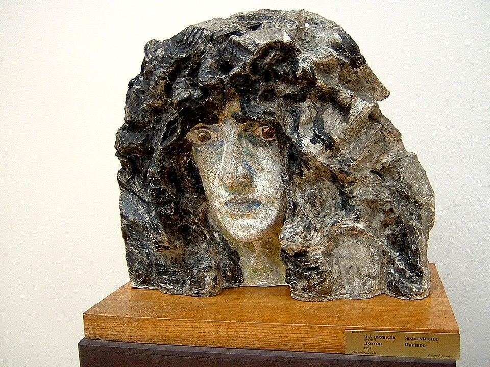 《天魔之头》,锡釉彩陶,1894年,国立俄罗斯博物馆