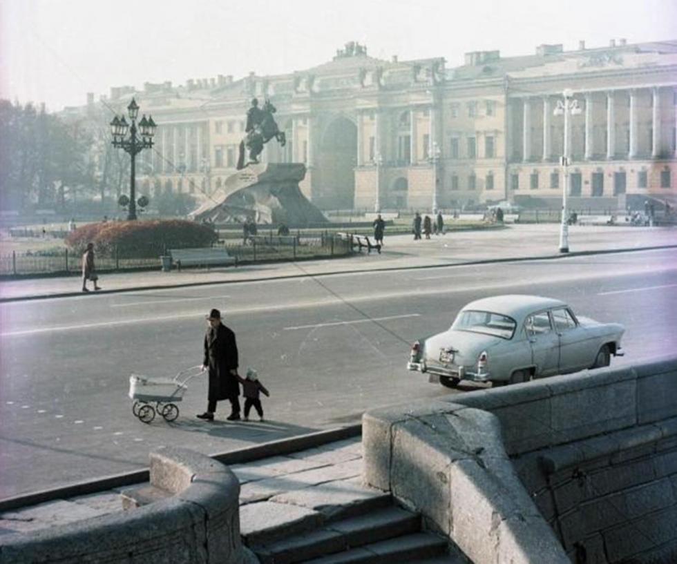 苏联时期。《青铜骑士》纪念像。图片来源:Vsevolod Tarasevich/MAMM/MDF/russiainphoto.ru