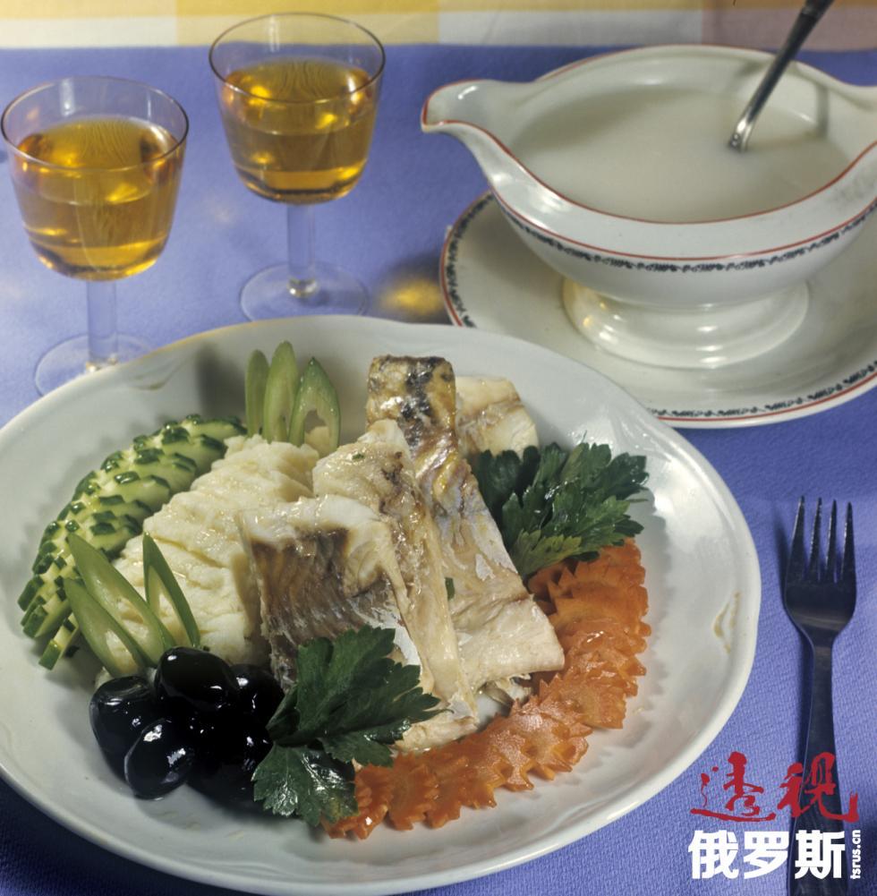 一顿鱼肉午餐。图片来源:Yu.Levyant / 俄新社