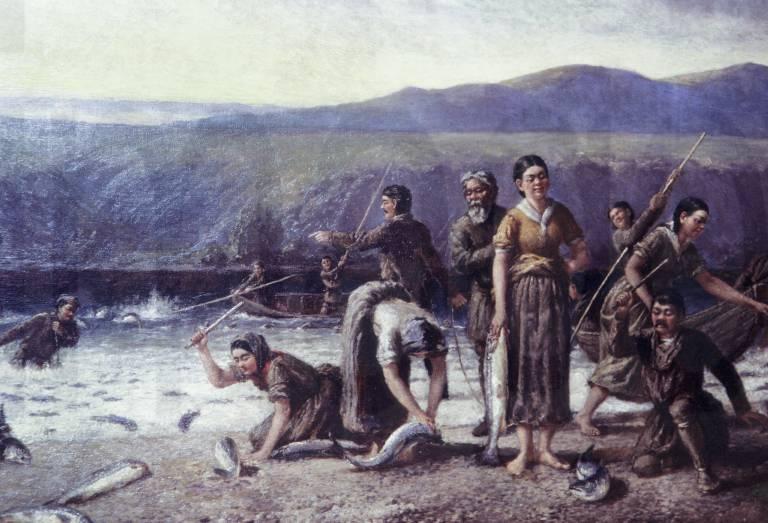 阿拉斯加当地人在捕鱼。 来源:Press Photo